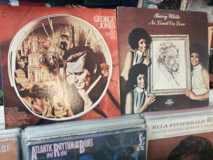 Happy Birthday to the late George Jones & the late Barry White