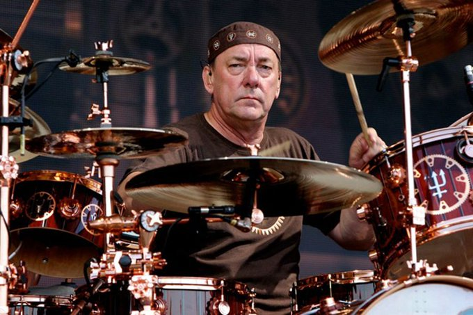 Happy Birthday Neil Peart! You make the heavens shake and our things wiggle.
