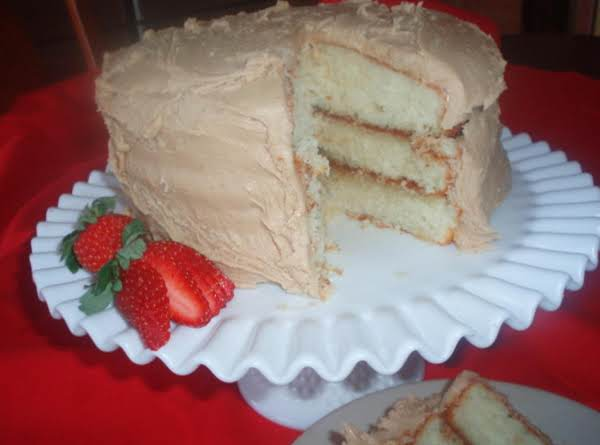 Mama's Caramel Cake is mouth-watering good! https://t.co/Uuny5QAFBX https://t.co/JSyQx2rtcE