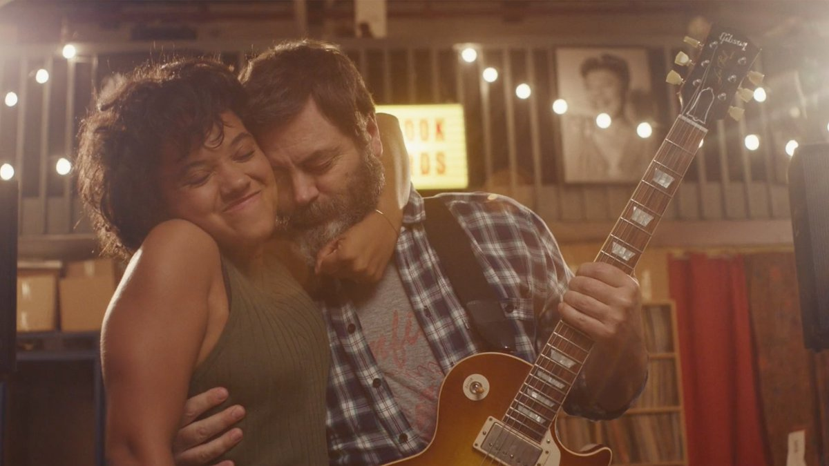 Oh, look, here is some good medicine in the form of love: HEARTS BEAT LOUD is now available on @iTunes Get it now ➡https://t.co/oNyqX8oPDR