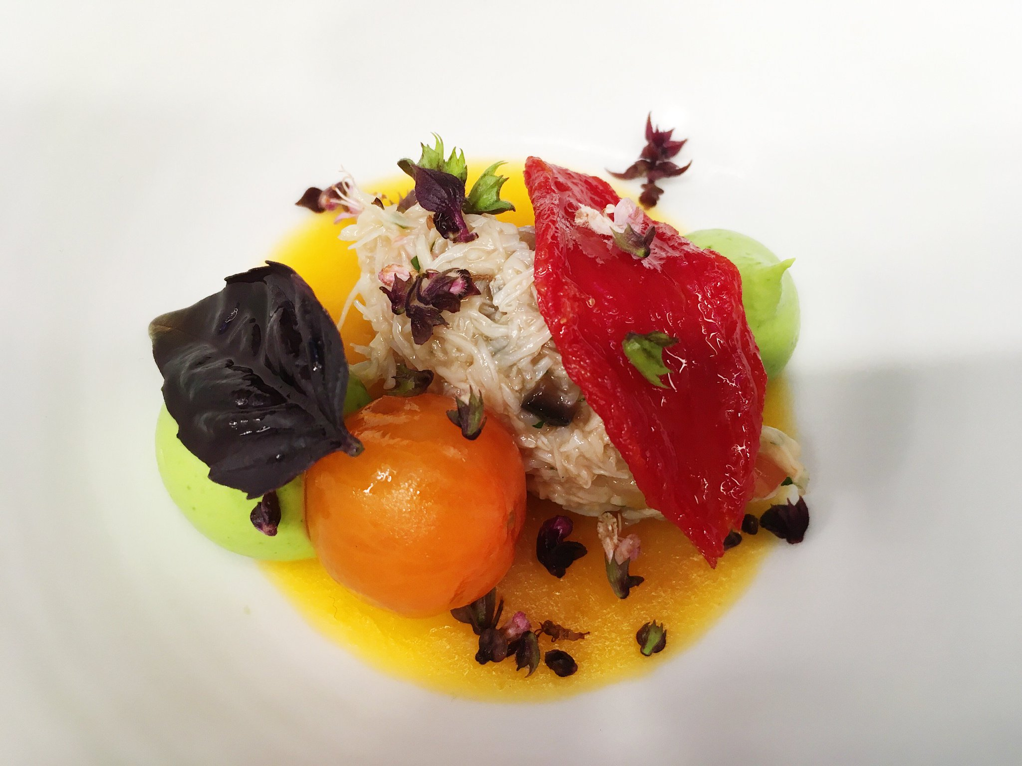 The French Laundry On Twitter Peekytoe Crab With Garden Tomatoes Brokaw Avocado Mousse And Fragrant Basil Peekytoecrab