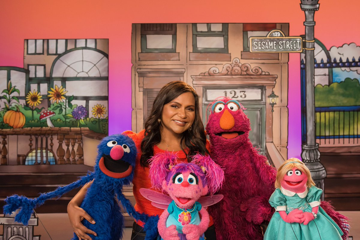 Mindy Kaling On Twitter Me My Crew For The Day Grover