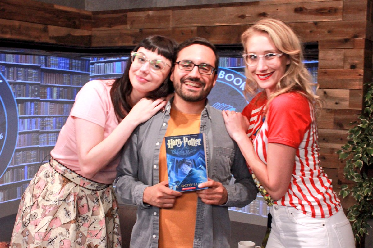 These two 😍 #AlphaBookClub is my happy place (@RachelHeine @Hectorisfunny)