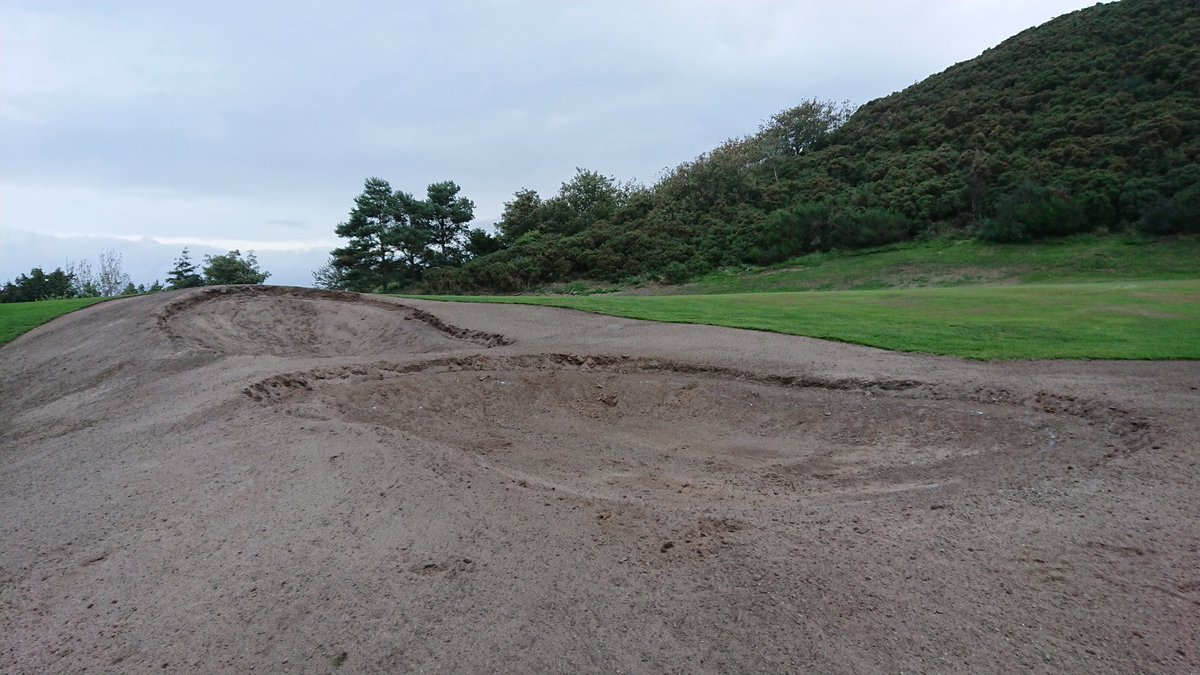 test Twitter Media - The big bunker at 18th has now been made into two, and initial work at 18th is now complete. Work has now started on 1st fairway bunkers.  Temporary Green in place at 1st https://t.co/IBvcTxXefP