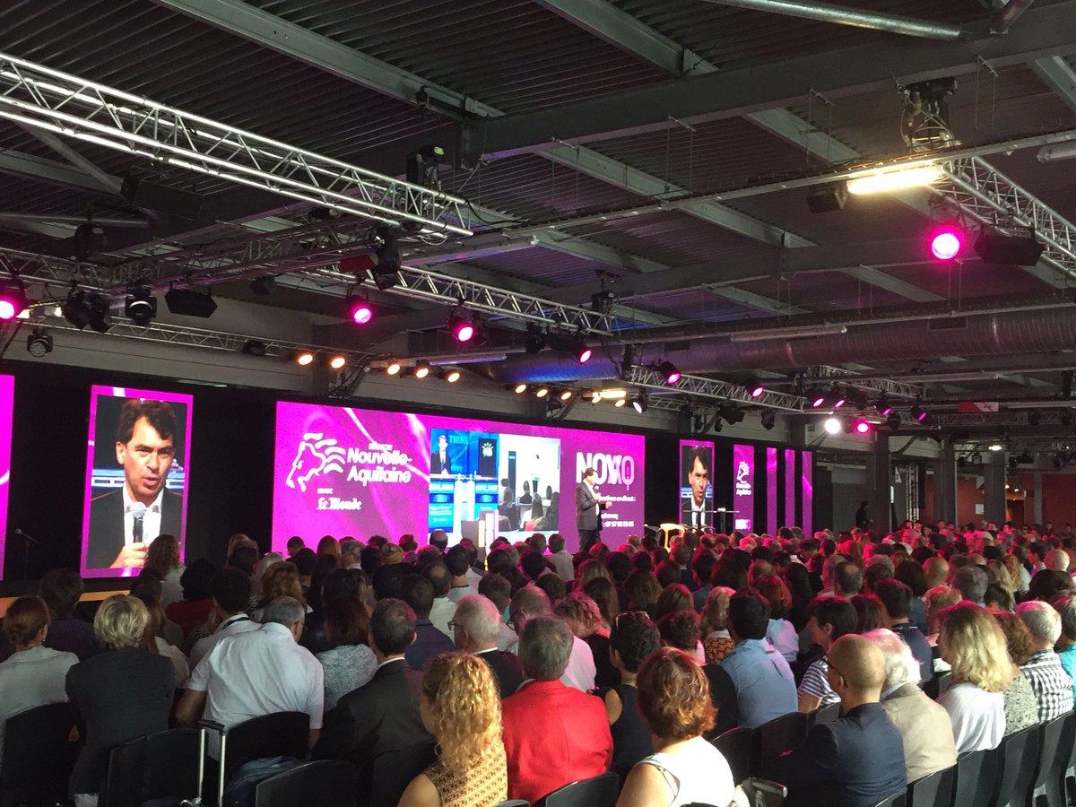 Ouverture du #NOVAQ ce matin à #Bordeaux ! Une belle affluence pour cette «Université populaire de l'#innovation» en région @NvelleAquitaine. On y retrouve même plusieurs #startup de la technopole aux sessions #démos et aux #pitchs 🧠 🌊 🚀