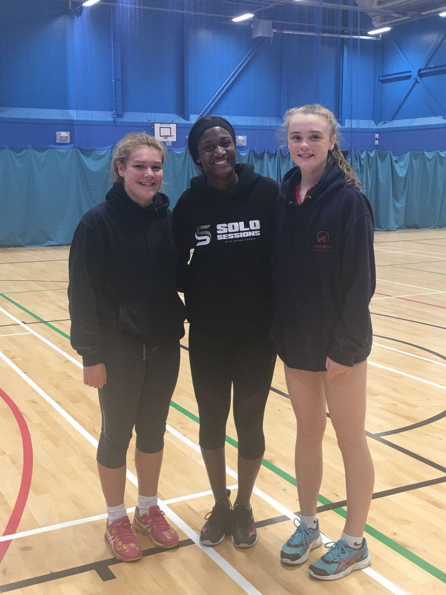 Thanks @MavericksNpl for having a couple of our rising stars on your camp yesterday. Apparently they were starstruck after meeting @Sasha_Corbin 🏐❤️💙 🏐💜⭐️#jealous #netballfam #thanksmavs