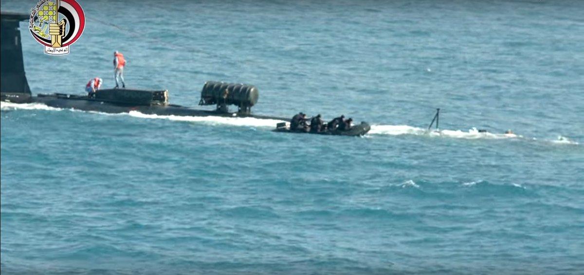 الغواصة روميو ( عماد غواصات الجيش المصري ) - صفحة 5 DmBOVZTXsAEszA0