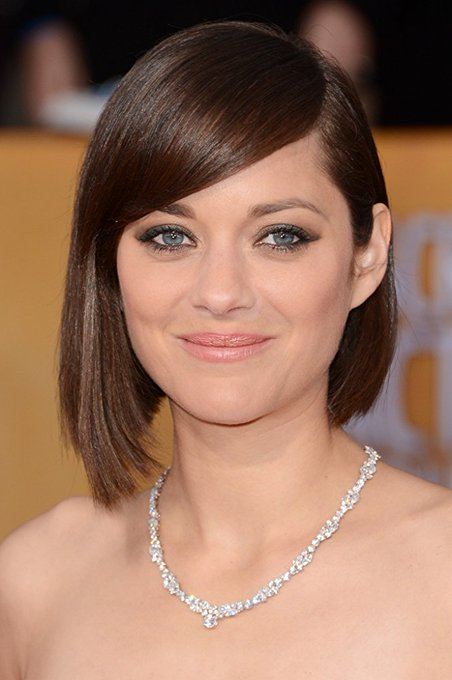 Happy birthday to Marion Cotillard who won an for her performance as Edith Piaf in La Vie en rose.