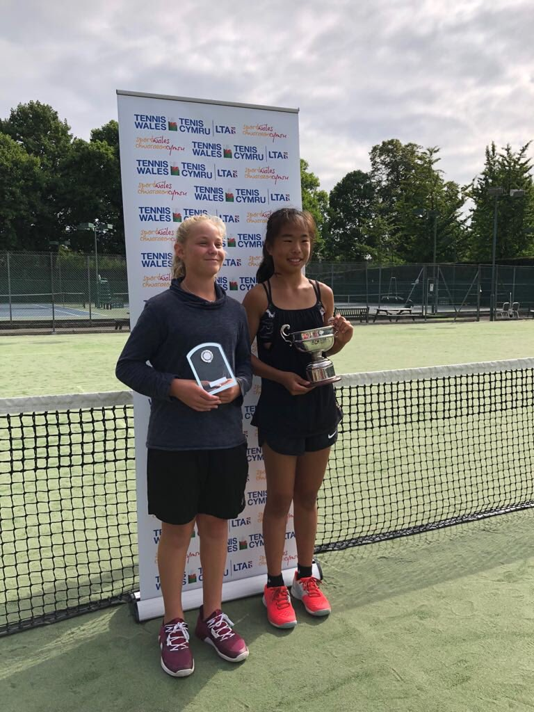 Mingge Olivia Mimi Xu On Twitter Enjoyed The Day Tenniscardiff Watching And Playing The Welsh On Finals Day Thanks To Swansea Coaching Team Franlewis91 Ingobury Jafferjanders For Coming To Support Swansea Players