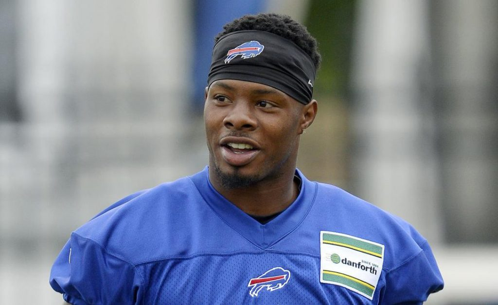 Bills Cutting WR Corey Coleman Just a Couple of Weeks After Trading For Him https://t.co/RuBciLM7I9 https://t.co/iBtfAwJFM1