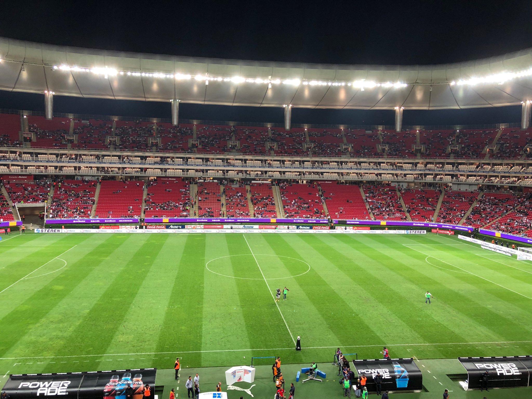 Pachuca sorprende 3-1 a las Chivas en la Fecha 8