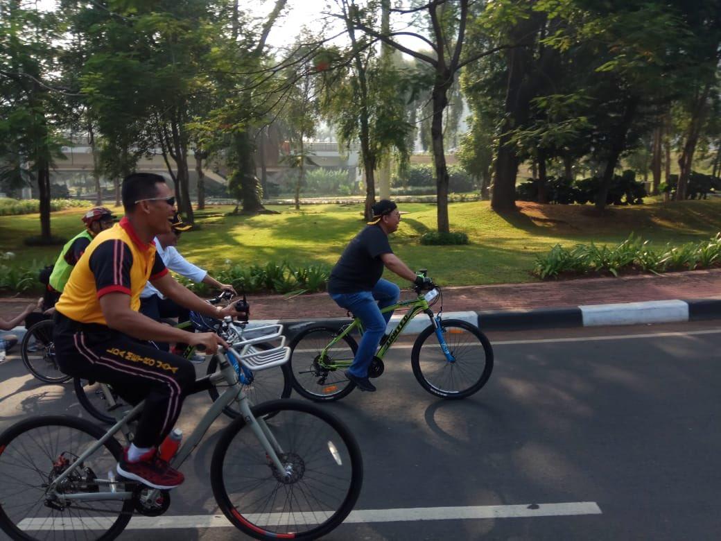 Fadli Zon On Twitter Gowes Sepeda Santai Pagi Pagi Dlm Rangka