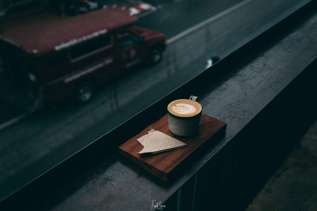 Cafe Latte in wet season  . . #reviewchiangmai #cafe #รีวิวเชียงใหม่<br>http://pic.twitter.com/E7xZwTzZEO