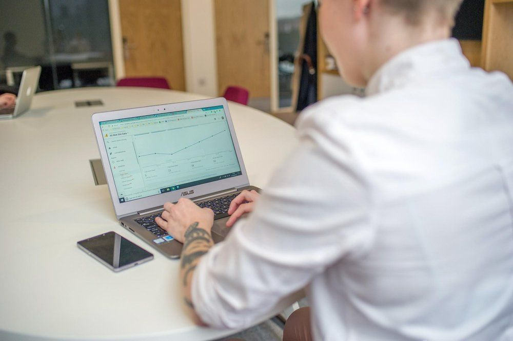 RT @Fi_digitaldrum: How to define #KPIS for your #contentmarketing #campaign [blog]: https://t.co/SsOG0RNQj9 … #contentpromotion #contentcreation #contentwriting #Marketingagency #digitalmarketing #SEO https://t.co/8ghSxJhVHP