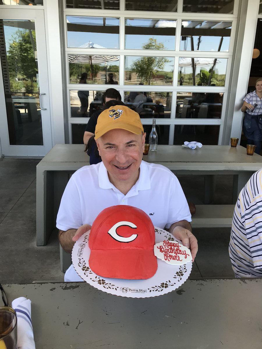 Astounding Cincinnati Reds On Twitter This Cake Well Takes The Cake Personalised Birthday Cards Paralily Jamesorg