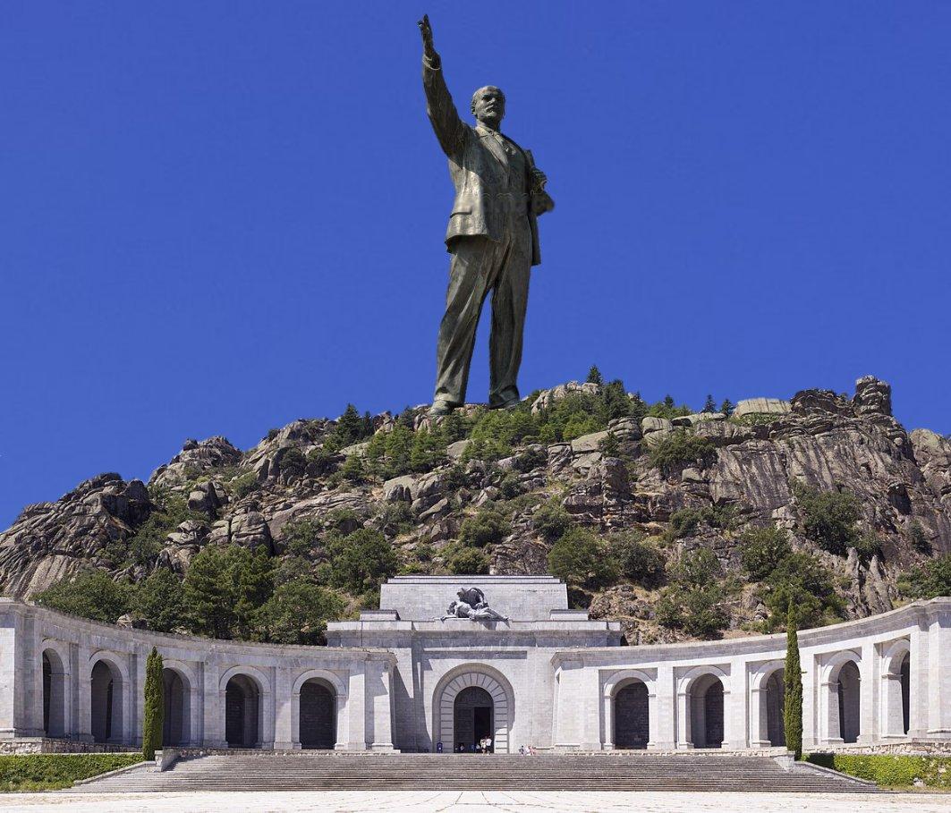 El imparable hundimiento del Valle de los Caídos (¡¡¡You Shall Not Pass!!!) - Página 8 DmGA4G0W0AE9spk