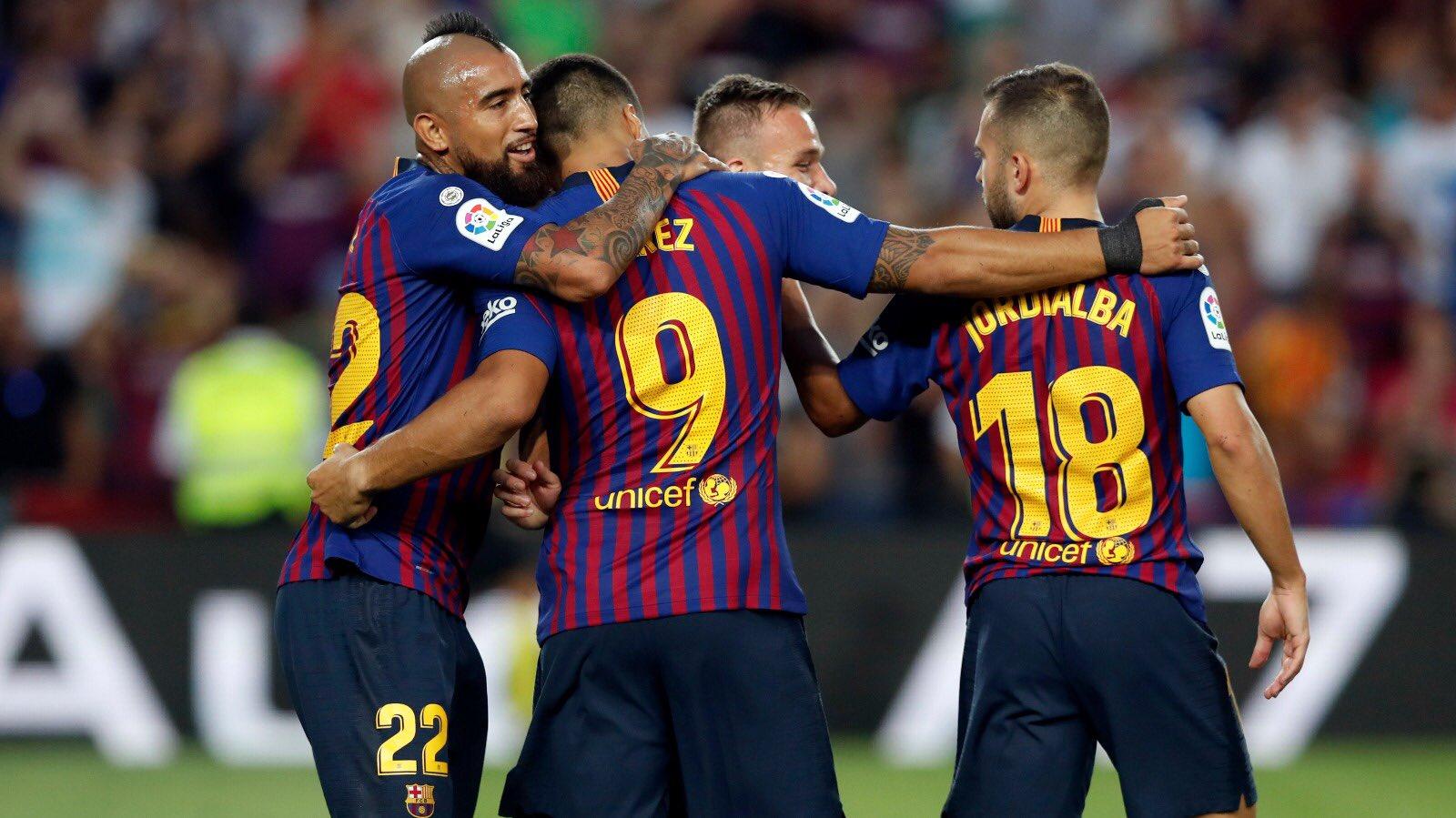 صور مباراة : ريال سوسيداد - برشلونة 1-2 ( 15-09-2018 ) DmHUOYMV4AAey-j