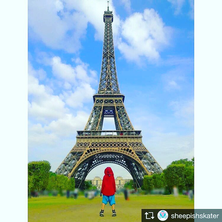 ...  parisfrance  france  rollerskater  skatergirl  girlskater   JordanRollerskates  Retro1 s  jumpman  Jordan1 s  Rollerskates pic.twitter.com 9jwYkL7akJ 42a6ab538