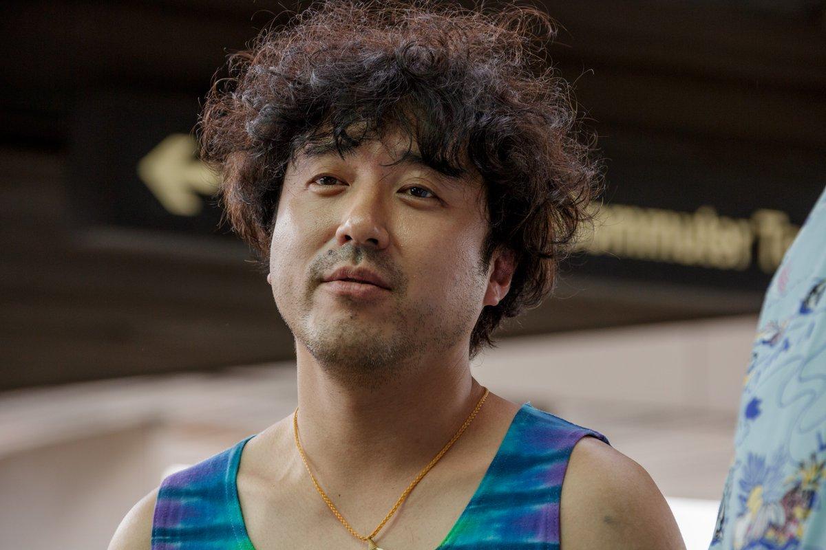 大輔の友人ウーラ山崎を演じるムロツヨシ
