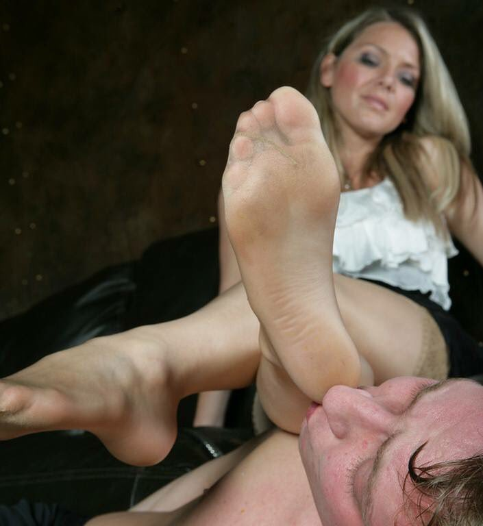 Foot lick pretend try — photo 8