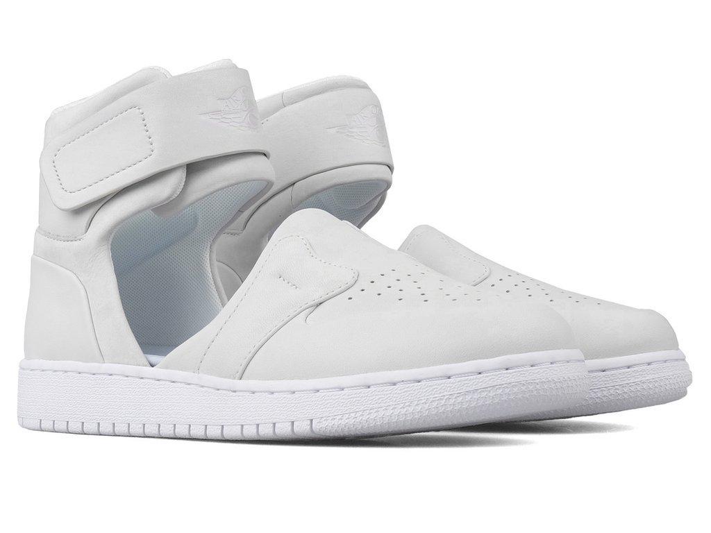 b6e945d8e27 Air Jordan Women's Air Jordan 1 Lover XX on sale now -  http://bit.ly/2PhFN6X pic.twitter.com/XGDTdITXDf