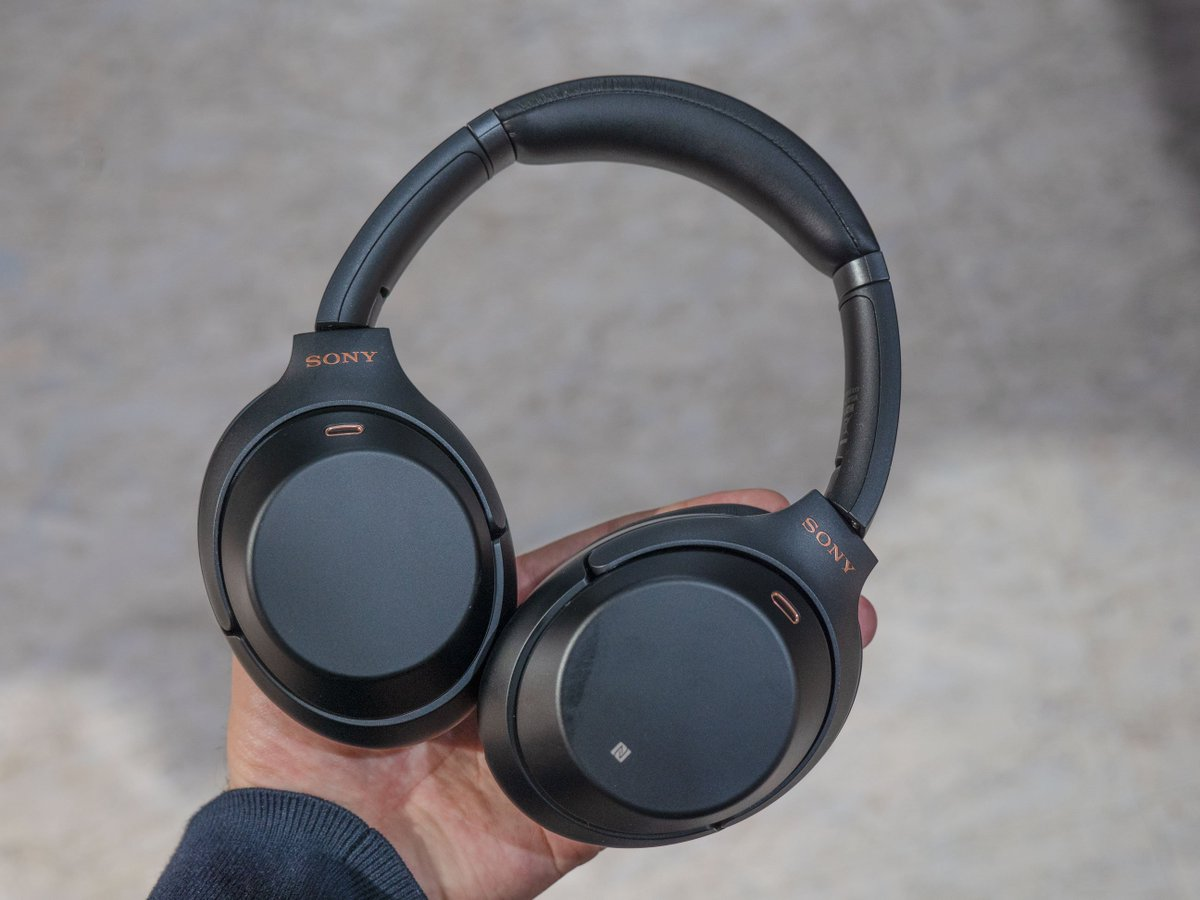 Techaltar On Twitter The One Piece Of Tech That Can Be Demoed A Sony Noice Cancelling Bluetooth Headphone Mdr 1000x Show Floor Perfectly Is Noise Canceling Headphones And M3 Seemed Awesome Significantly Better Than My 100abn Plus