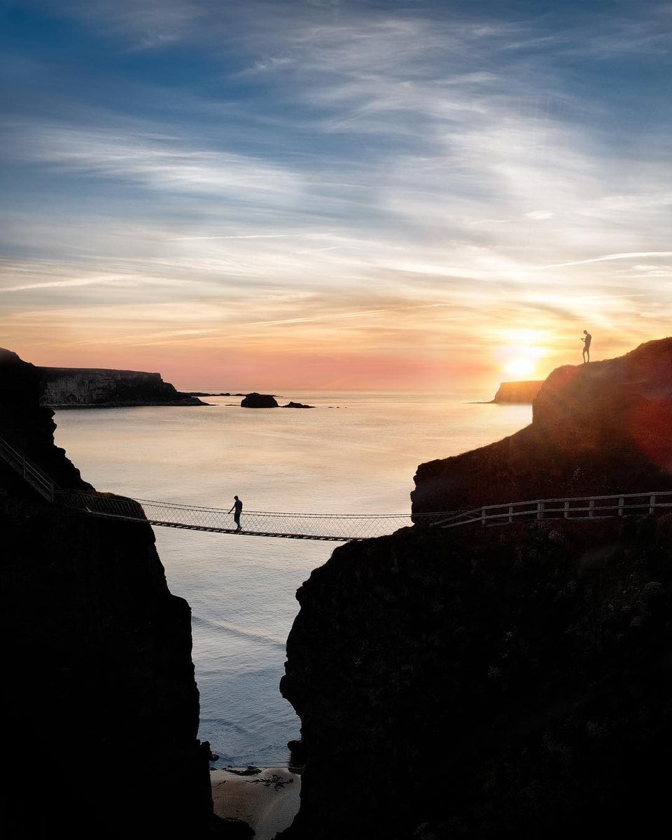 Wow! Amazing sunset picture at Carrick-A-Rede Rope Bridge, Co.Antrim 📸 mattywenlock / Instagram
