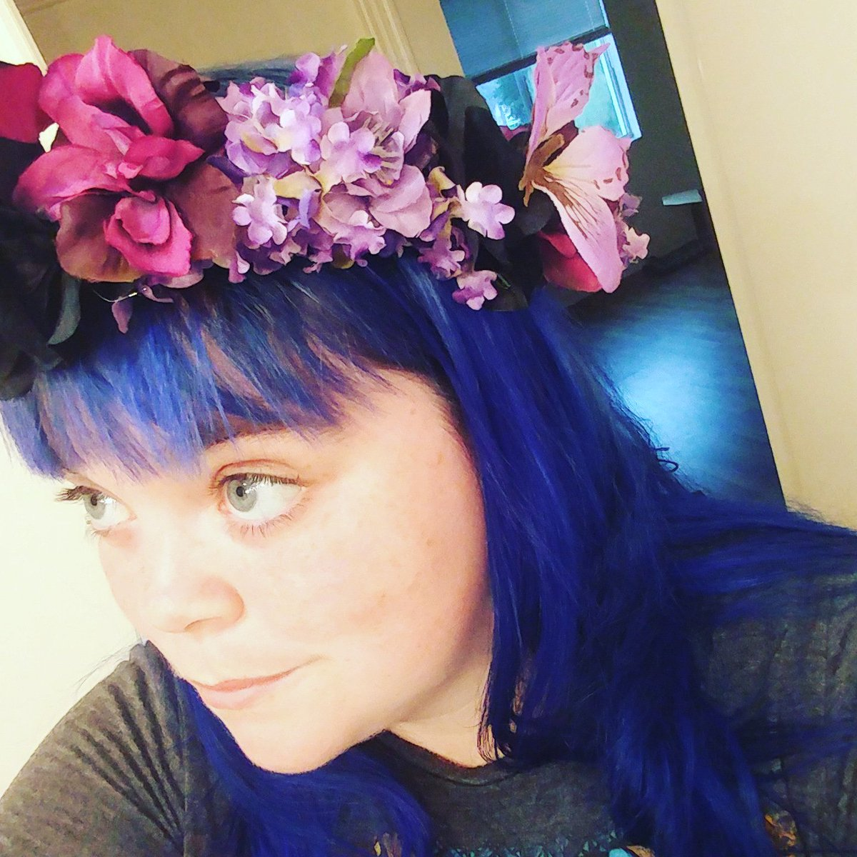Flowercrown hashtag on twitter newest flower crown inspired by the love of hades and persephone sparks of color deep colors and fun flowercrown picitter4nrmzwmt8l izmirmasajfo