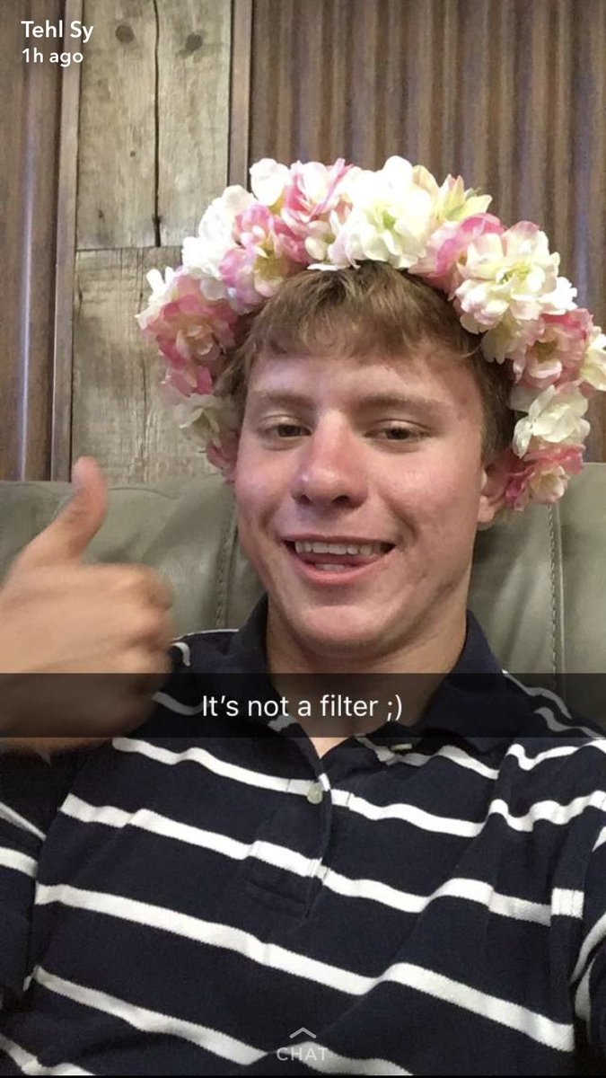 Happy Birthday Tehl I how you wore your flower crown today 🎈
