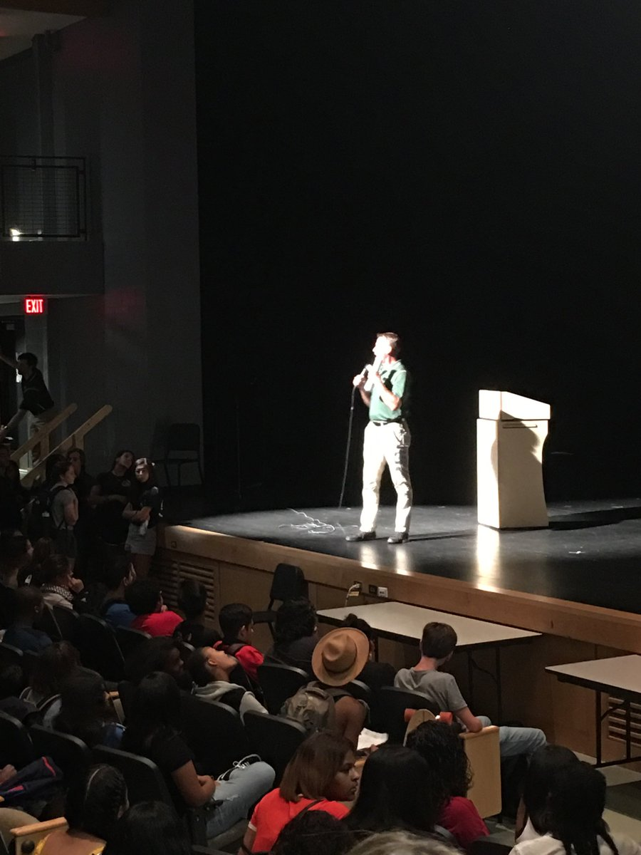 Dr. Willmore welcomes c/o 2022 ⁦<a target='_blank' href='http://twitter.com/WHSHappenings'>@WHSHappenings</a>⁩ <a target='_blank' href='https://t.co/yCCLtD6j3p'>https://t.co/yCCLtD6j3p</a>
