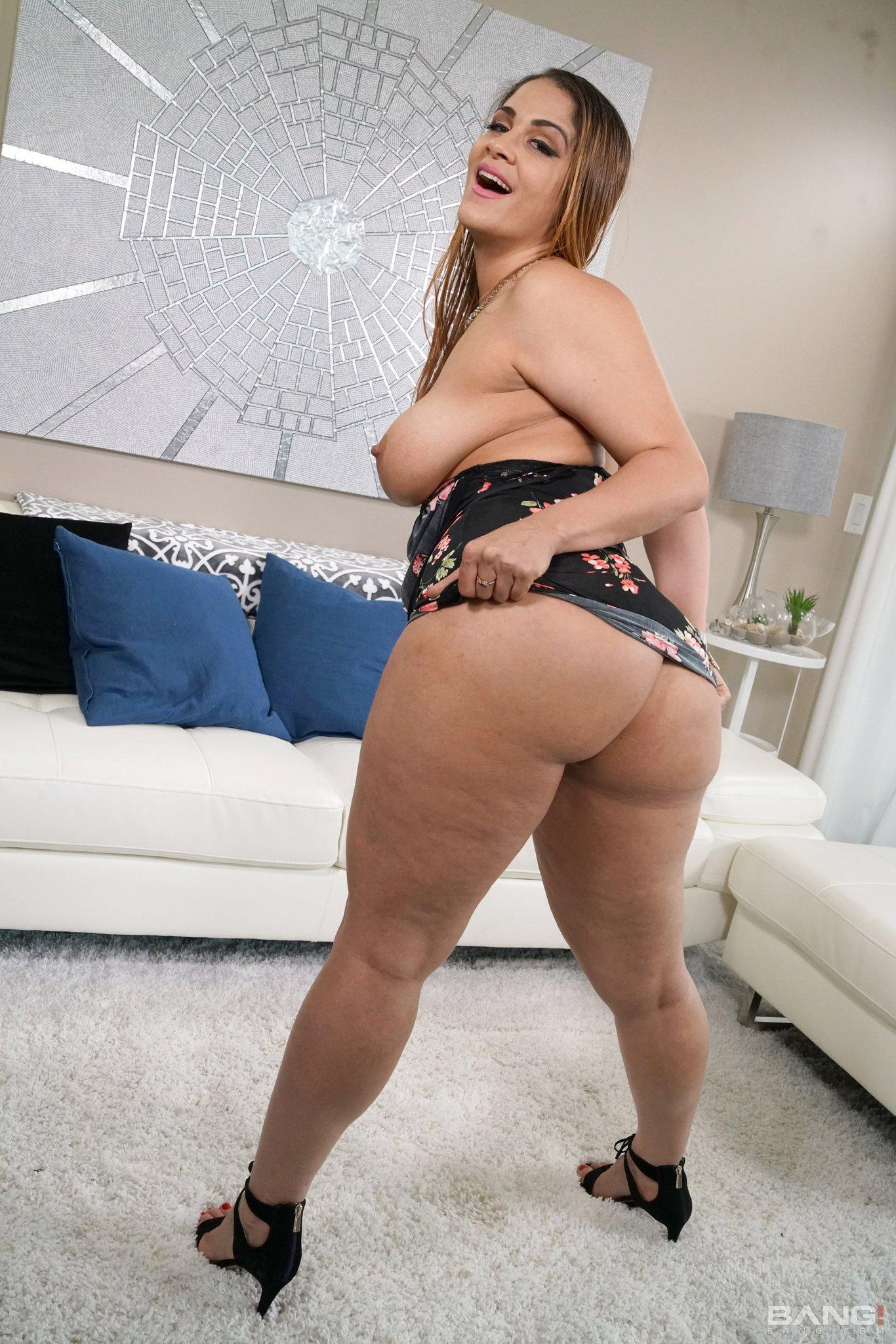 Miss raquel xxx Babe Source On Twitter Missraquel4x Miss Raquel Bang Real Milfs Full Picture Gallery Https T Co Qwczdag4ez