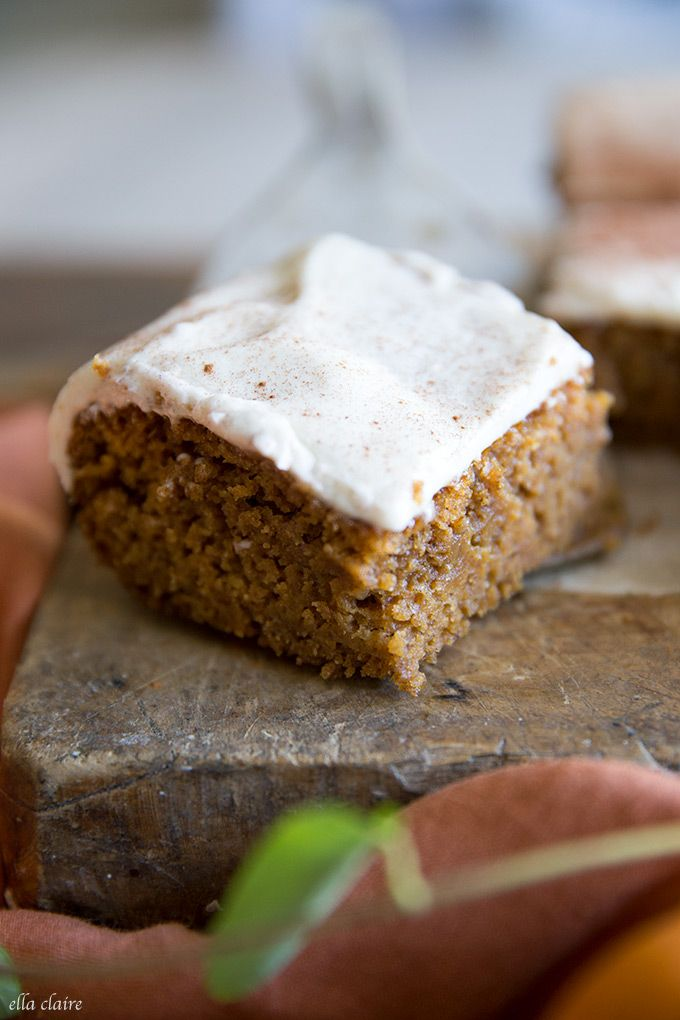 Pumpkin Snack Cake with Cream Cheese Frosting recipe via @ellaclaireblog https://t.co/hshgVBVIQk #pumpkin #cake https://t.co/m1vHRjfFfC