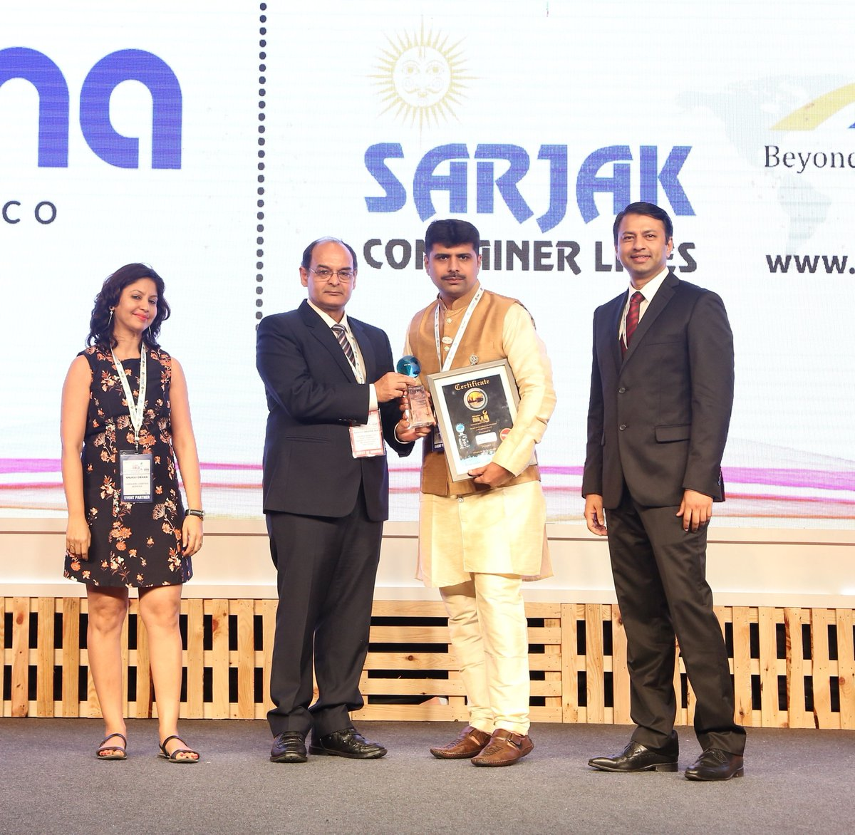 SARJAK Container Lines wins 'NVOCC of the Year – Special Equipment' award for 7th consecutive year at MALA 2018