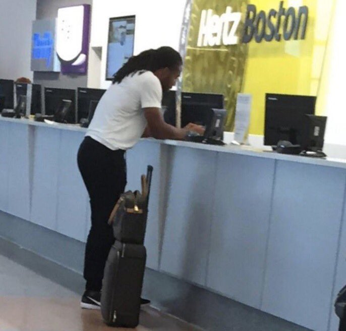 brianna pirre on Twitter: larry fitzgerald spotted at logan airport …