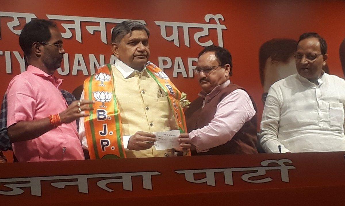 Former Mahesana MP and Congress leader Jivabhai Patel joins BJP