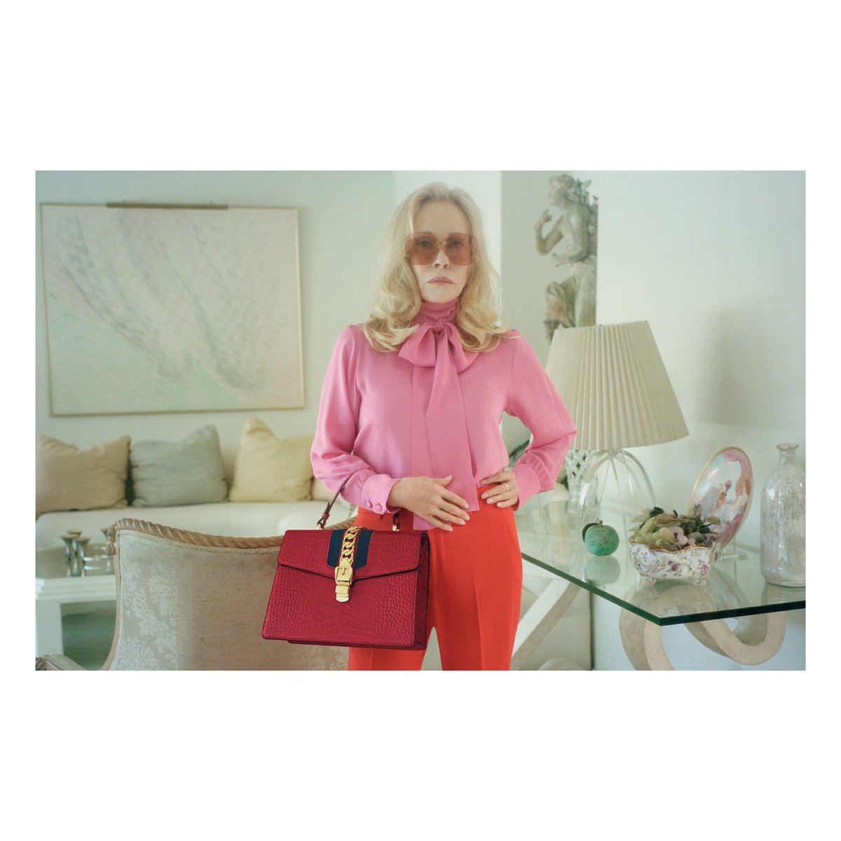 Up close: #FayeDunaway and the #GucciSylvie bag photographed in a campaign by @petracollins.