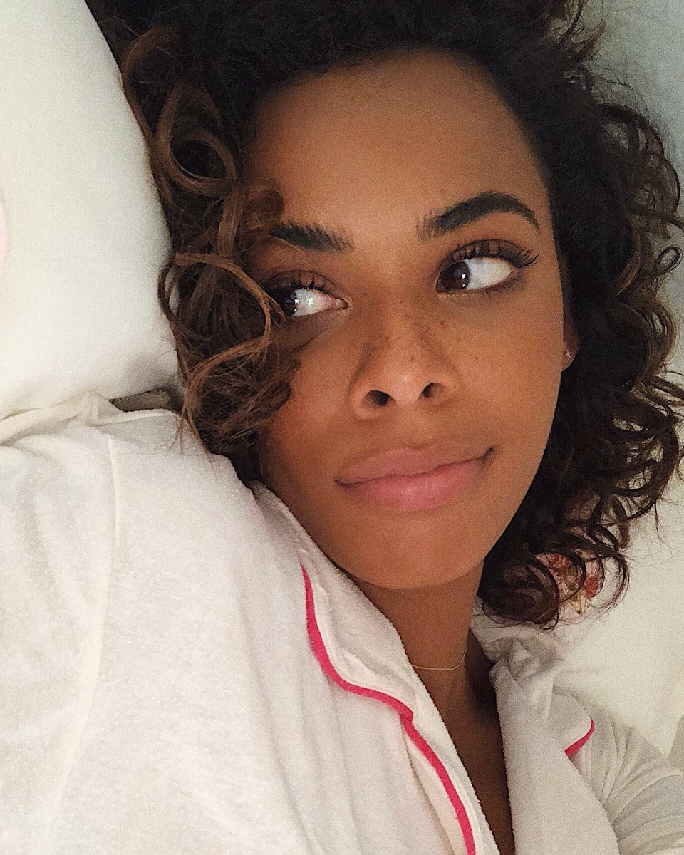Rochelle Humes On Twitter The Face Of A Mum Who S Little One Goes Back To School Tomorrow And Is Hoping There Isn T Something On The List She Has Forgotten To Do Https T Co Kmsxadhi2j