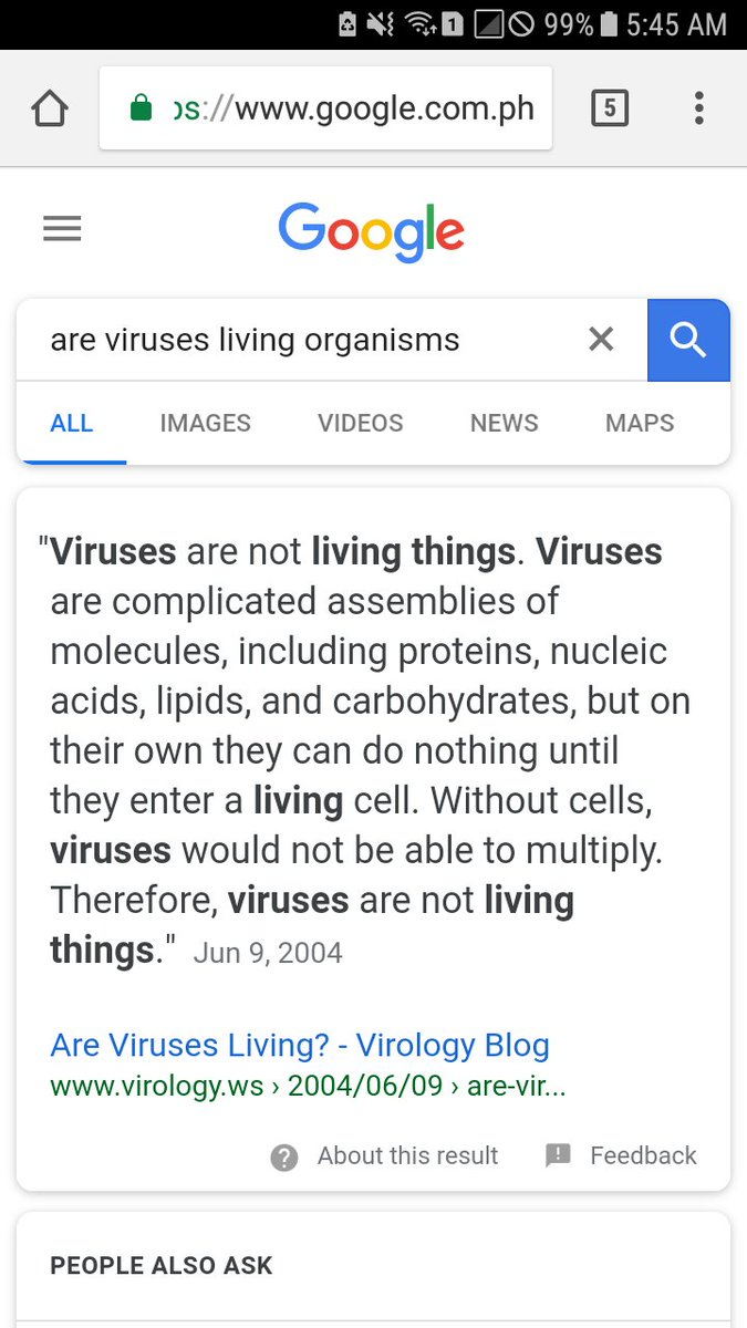 are viruses living organisms