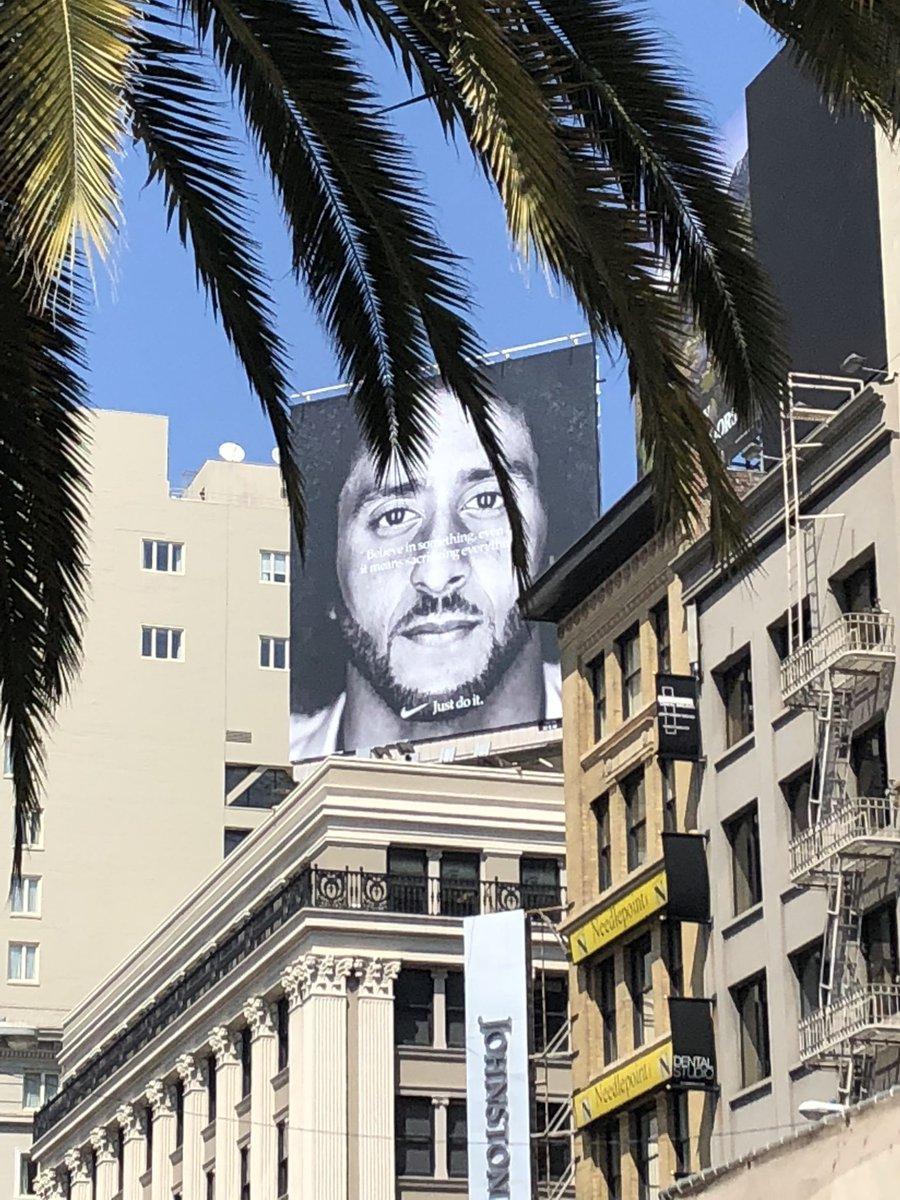 Huge Colin Kaepernick Nike billboard springs up in SF's Union Square https://t.co/7gwAYLI3Hp