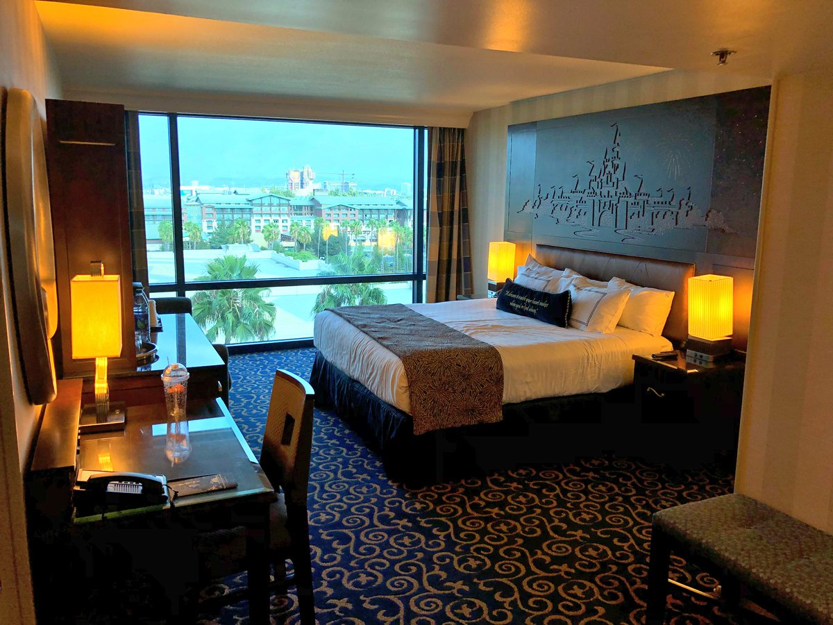 Wdw News Today On Twitter We Re Staying In A 2 Bedroom Suite At The Disneyland Hotel First Time Staying Here