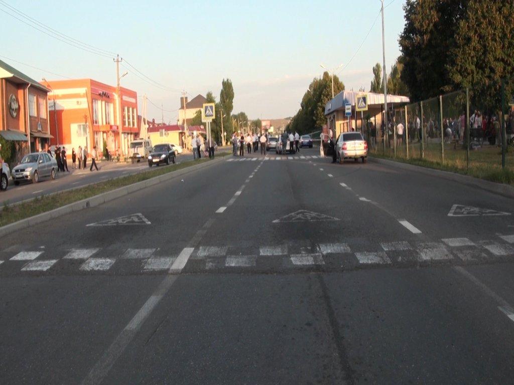 В Черкесске судят водителя, сбившего женщину с двумя детьми