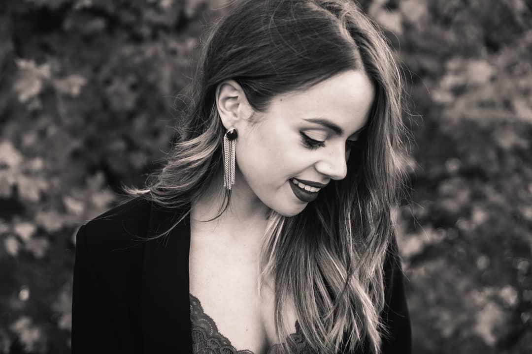 Pure sweetness ❤ #juanitamoon #isaalvarezfotografia #isaalvarez #photographer #phototheday #fotografia #bierzo #ponferrada #castillayleon #asturias #bodas #fotografiadebodas #juanitamoonjewels