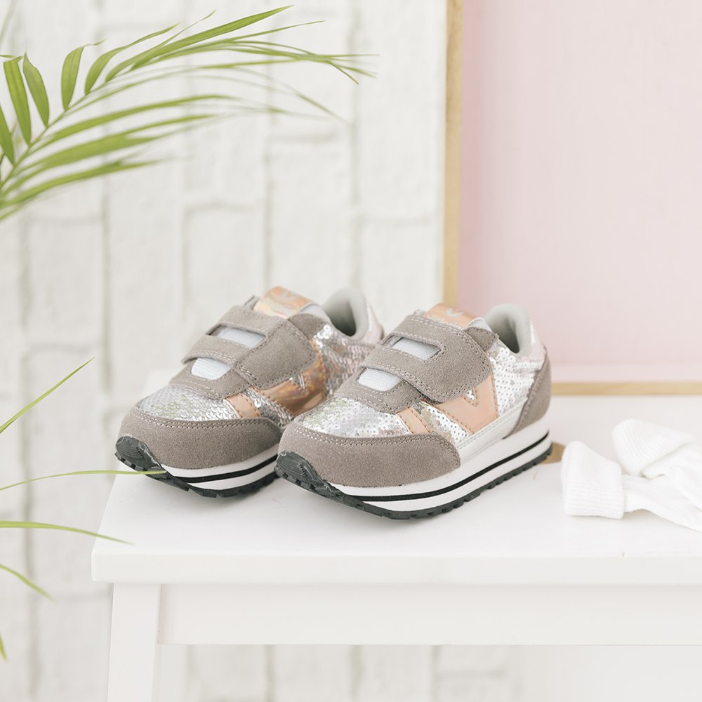 29007c2644a3 Zapatillas Victoria ·  BambasVictoria. 6 months ago. How do you like our  sequin and velcro miniatures  They are 😍! ¿Que
