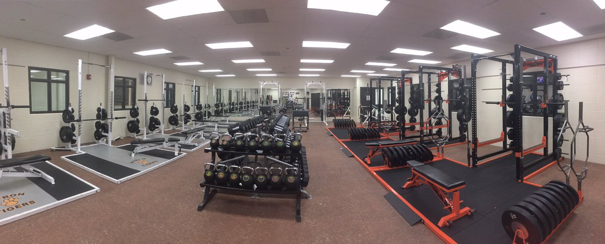 Great upgrade to the weightroom!  Thanks park district and Byron High School. #keeptheedge https://t.co/mQhecW3pHA
