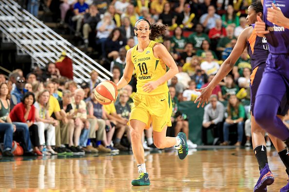 "Sue bird broke out the  cncpts x nike kyrie 4 ""green lobster"" last night  a7cd2aae5"