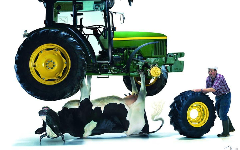 Трактор смешная картинка, христианские днем рождения