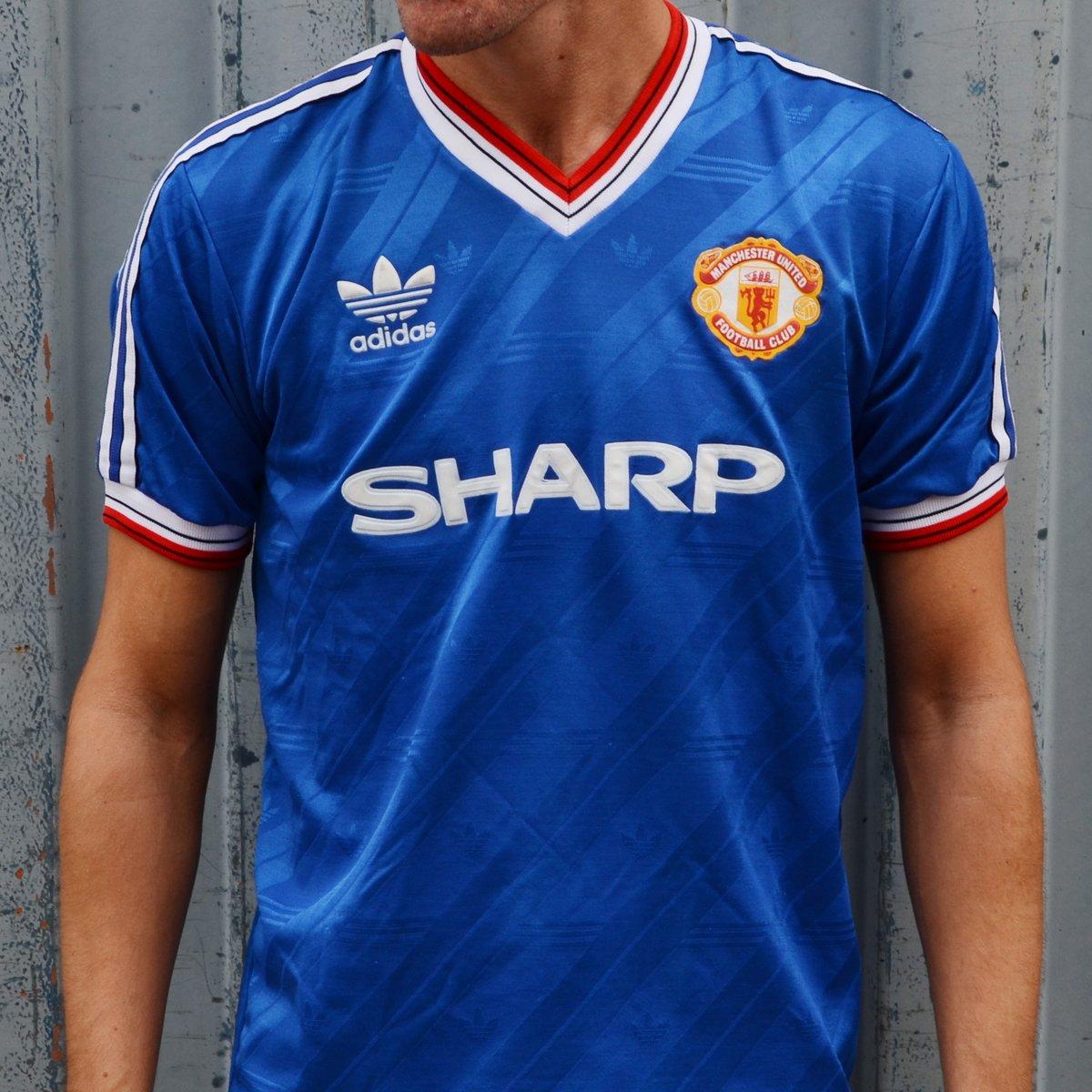 hot sales c5b92 79fd2 Classic Football Shirts on Twitter: