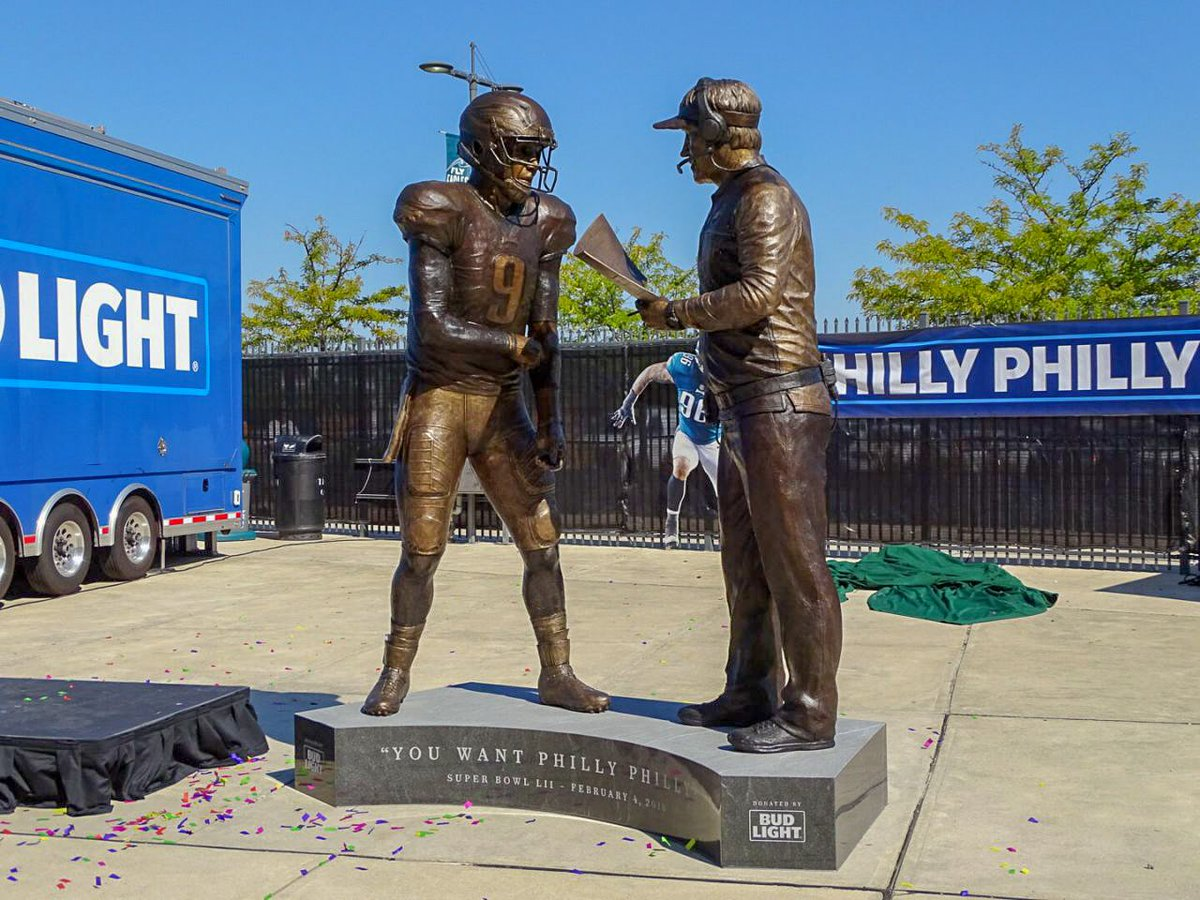 One of the most iconic play calls in Super Bowl history was turned into a statue! #PhillyPhilly #FlyEaglesFly