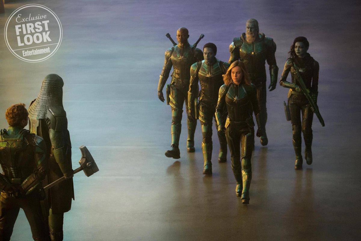 Captain Marvel ( Marvel) - Page 4 DmWDI09V4AAZVRf