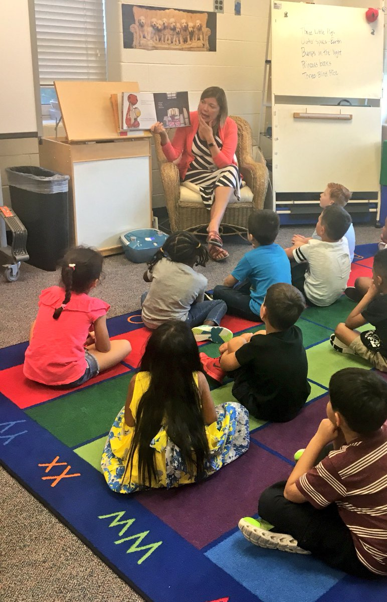 We loved our first library lesson of the year! <a target='_blank' href='http://twitter.com/HFBAllStars'>@HFBAllStars</a> <a target='_blank' href='http://search.twitter.com/search?q=APSback2school'><a target='_blank' href='https://twitter.com/hashtag/APSback2school?src=hash'>#APSback2school</a></a> <a target='_blank' href='https://t.co/cC4NkEiuls'>https://t.co/cC4NkEiuls</a>